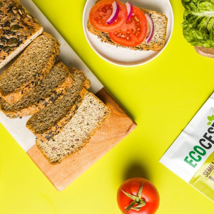 Pan casero con semillas de lino molidas